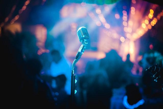 セブ島で活躍する人気の歌手/アーティスト【名曲7選まとめ】