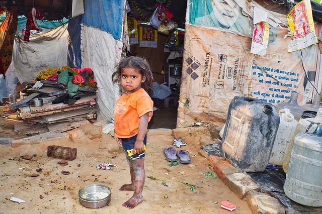 フィリピンのスラムの子供が使用するドラッグ【ラグビー】を徹底解明