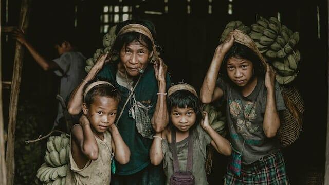 フィリピン人の顔や体の特徴【歴史と共に知るフィリピン人の新事実】
