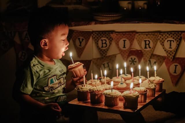 フィリピンの誕生日【主役がおもてなす意外なお祝い方法】